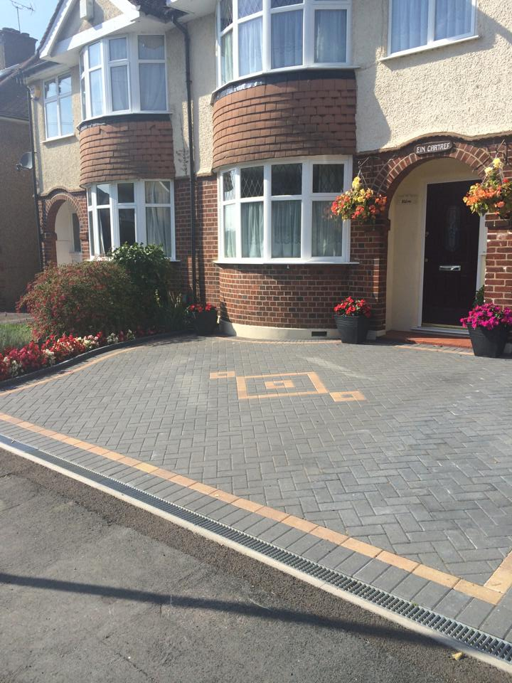 Block Paving Companies Bourn End