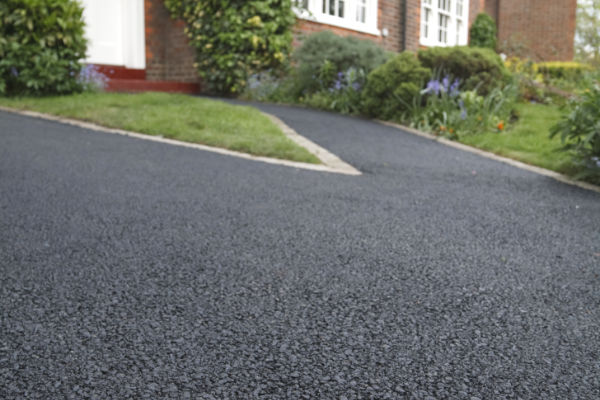 Tarmac driveway surfacing companies North London